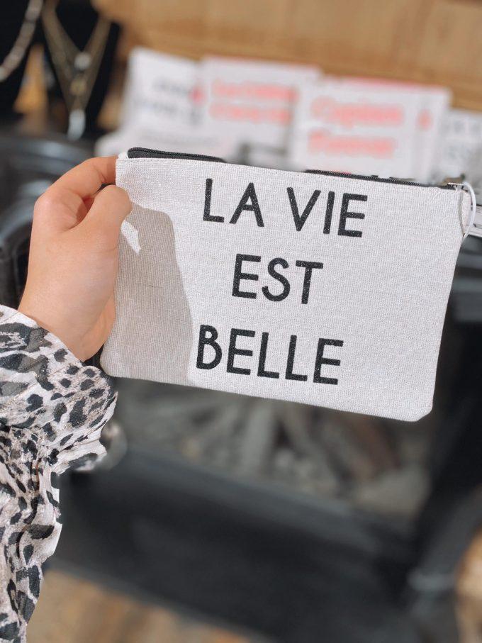 Tasje groot La Vie Est Belle.