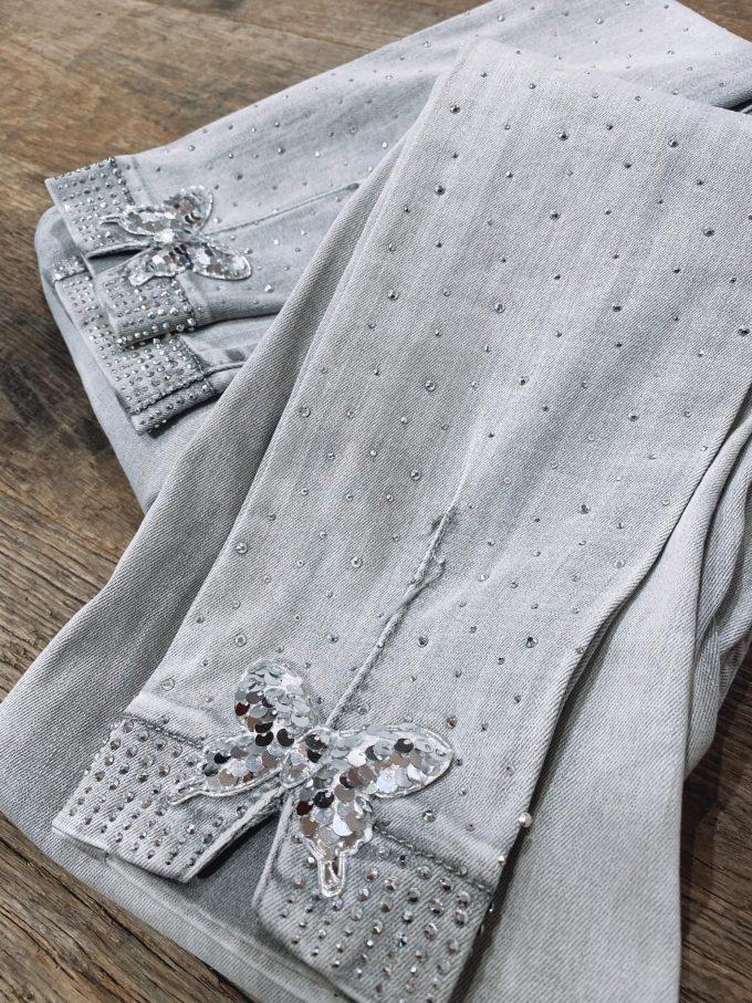 Jeansbroek vlindertjes/diamantjes.