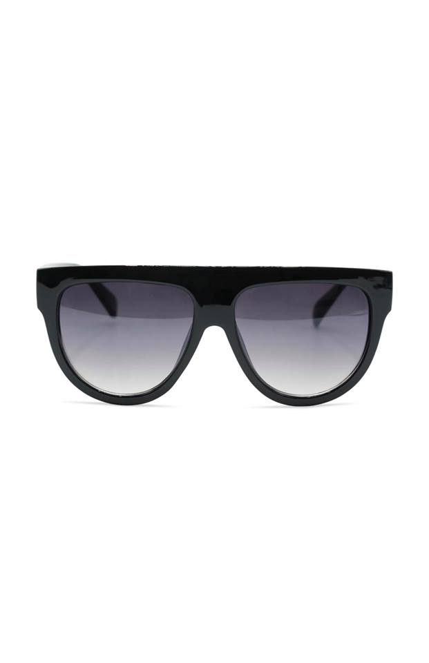 Celina sunnies black.