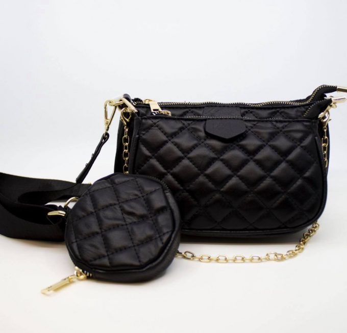 Louis bag black.