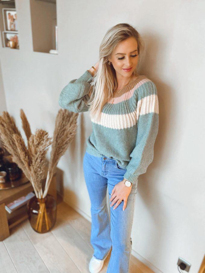 Sweater ronde hals/kleuren.