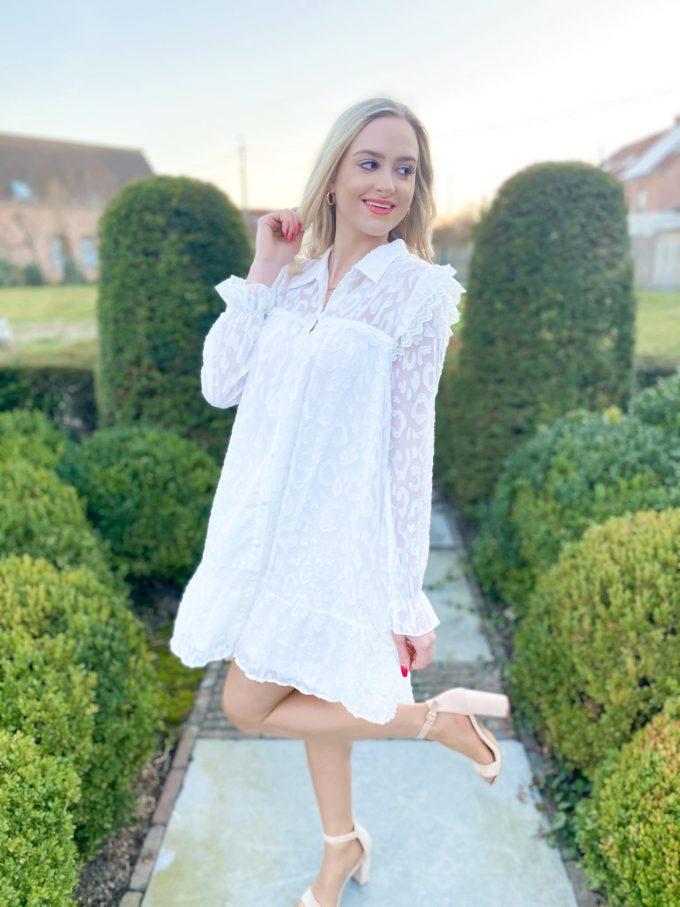 Wit jurkje.