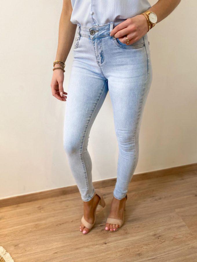 Lichte skinny jeans.