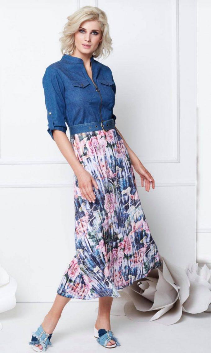 Maxi jurk met jeans top & print.