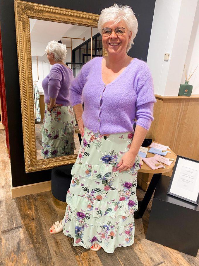 Maxi rok met munt & bloemenprint.