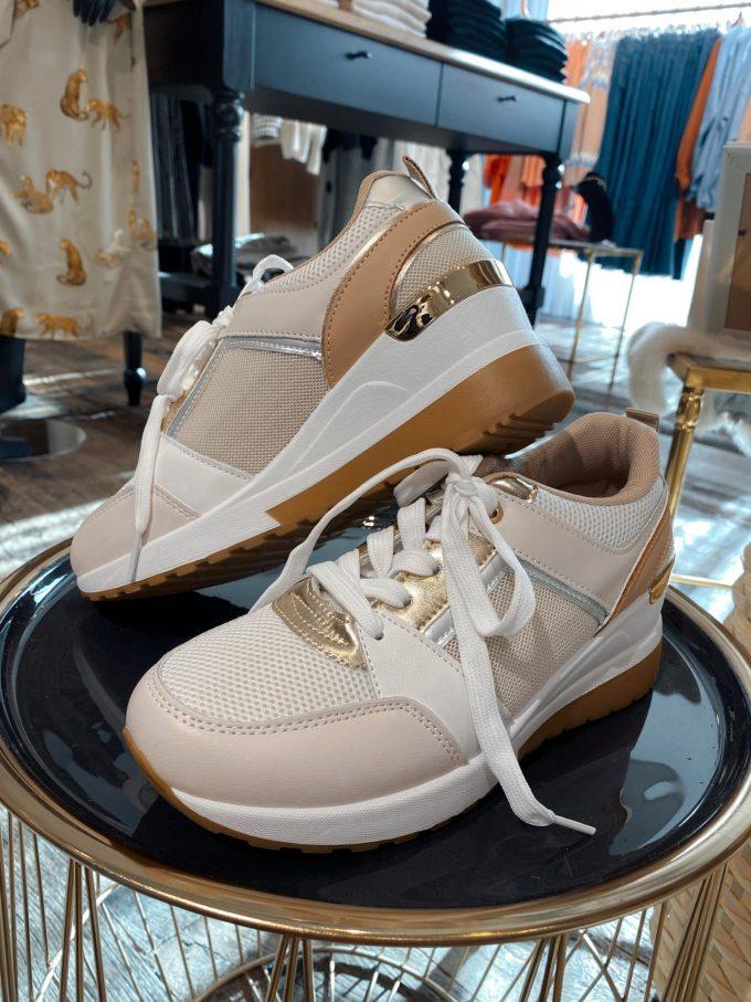 Sneaker beige/goud.